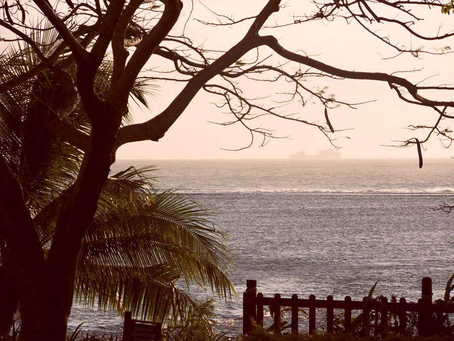 Boat Horizon