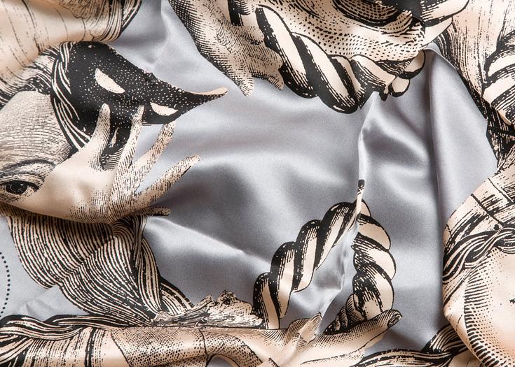 Parikka Scarf Print Detail